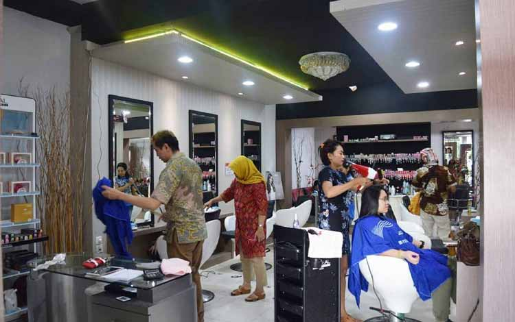 Beauty Salon Yang Bagus Di Jogja - Rivinni Salon