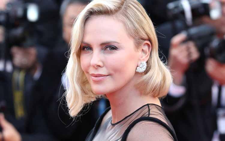 Deretan Artis Hollywood Dengan Bayaran Termahal - Charlize Theron