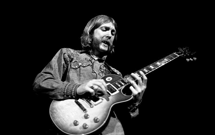 Gitaris Terbaik dan Terhebat Di Dunia Dengan Skill Tingkat Dewa - Duane Allman