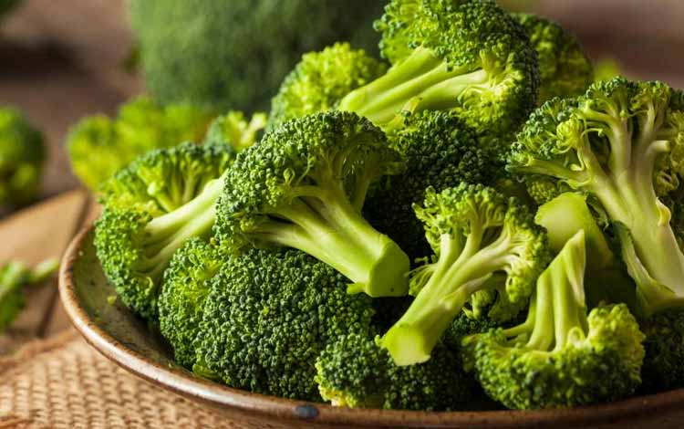 Makanan Yang Dapat Memutihkan Gigi Secara Alami - Brokoli