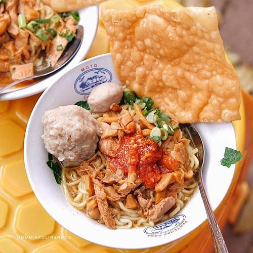 Mie Ayam Terenak di Bandung - Mie Ayam Cipaganti