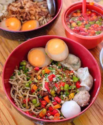 Rekomendasi Mie Ayam Terenak Di Jakarta - Bakmi Lamlo