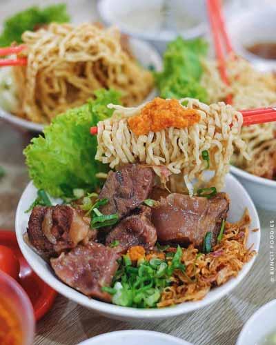 Rekomendasi Mie Ayam Terenak Di Jakarta - Pangsit Mie & Lemper Ayam Spesial 168