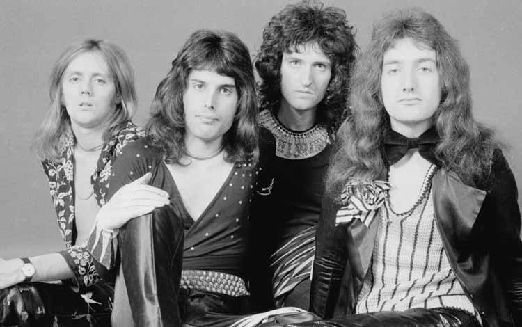 Daftar Band Rock Barat Yang Terbaik Dan Terpopuler Sepanjang Masa - Queen
