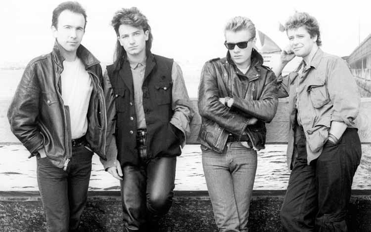 Daftar Band Rock Barat Yang Terbaik Dan Terpopuler Sepanjang Masa - U2