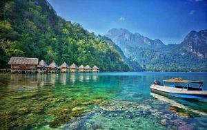 Pantai Indonesia Yang Tak Kalah Indah Dari Maldives - Pantai Ora