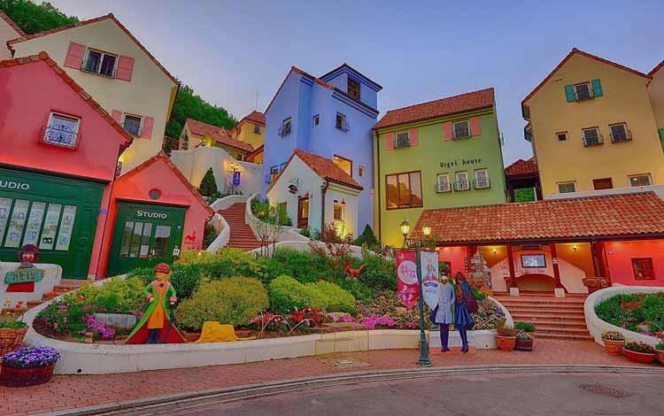 Wisata Di Korea Selatan Terpopuler - Petite France
