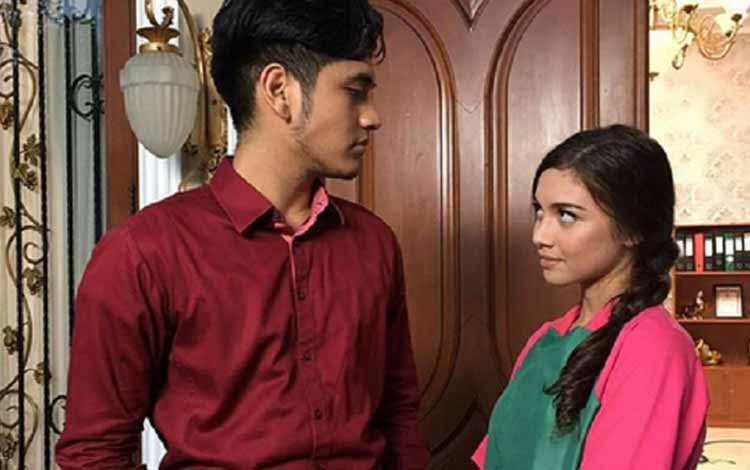 Adegan Yang Sering Dijumpai Di Sinetron Indonesia - Tokoh utama prianya adalah anak orang kaya