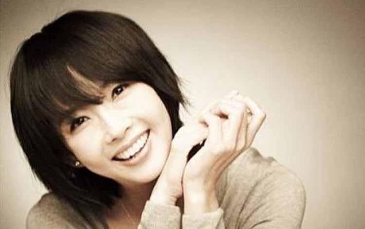 Artis Korea Yang Meninggal Akibat Bunuh Diri - Choi Jin-Sil