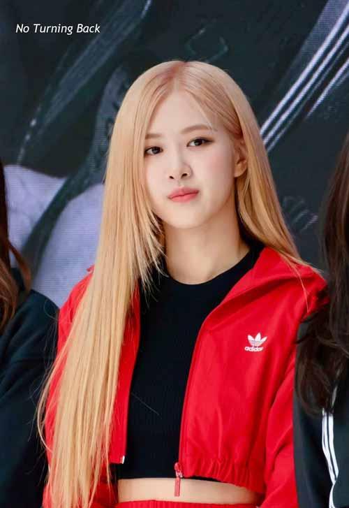 Foto Rose Blackpink Saat Di Acara Adidas Ultraboost, Hangul Limited Edition