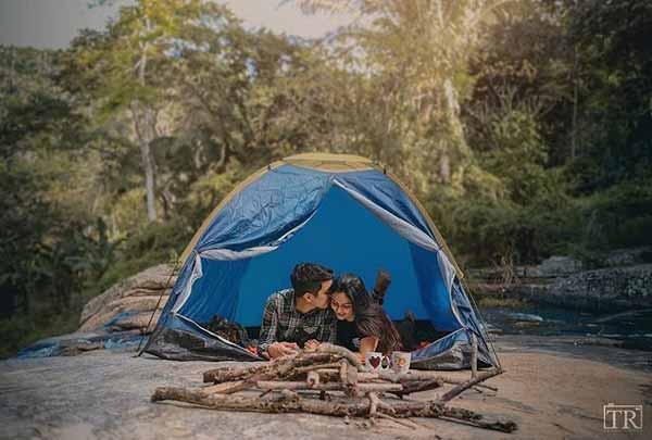 Ide-Kado-Pernikahan-Terbaik-Dan-Berkesan-Bagi-Pasangan-Suami-Istri-Tenda