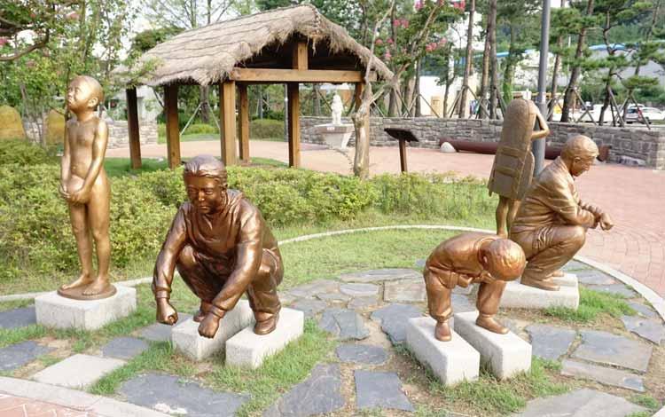 Museum-museum Terunik di Dunia - Mr. Toilet Museum Korea Selatan