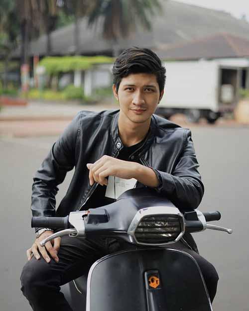 Pemain Sinetron Cinta Karena Cinta SCTV - Aditya Zoni sebagai Rama