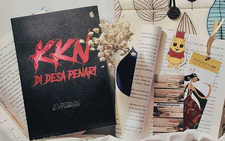 Novel best seller 2019 - KKN di Desa Penari