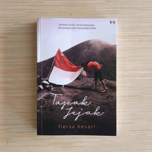 Rekomendasi-Novel-Best-Seller-Terbaik-Tapak-Jejak-Fiersa-Besari