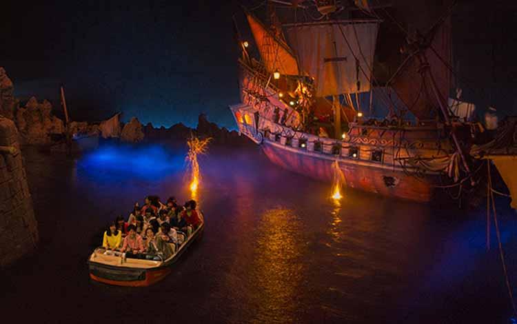 Wisata Terfavorit Di Jepang - Tokyo Disneyland, Pirates Caribbean