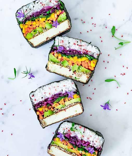Aneka-Makanan-Warna-Warni-Yang-Ternyata-Baik-Untuk-Kesehatan-Sushi-sandwiches