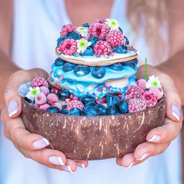 Aneka-Makanan-Warna-Warni-Yang-Ternyata-Baik-Untuk-Kesehatan-Vegan-pancakes
