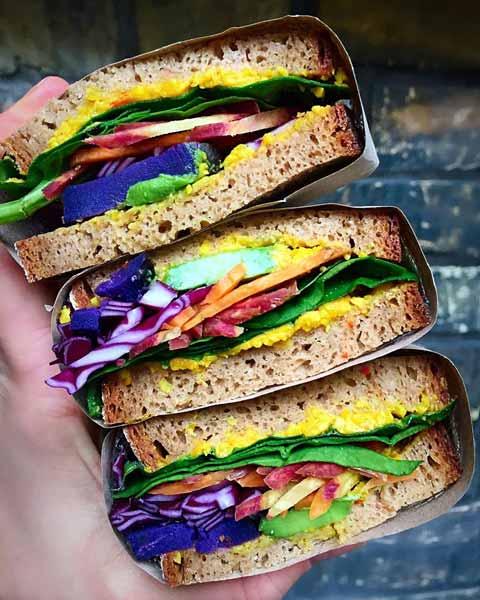 Aneka-Makanan-Warna-Warni-Yang-Ternyata-Baik-Untuk-Kesehatan-Vegetable-sandwich