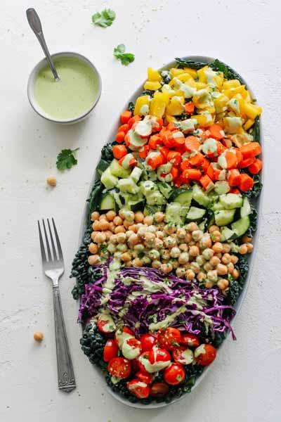 Aneka-Makanan-Warna-Warni-Yang-Ternyata-Baik-Untuk-Kesehatan-salad-sayur