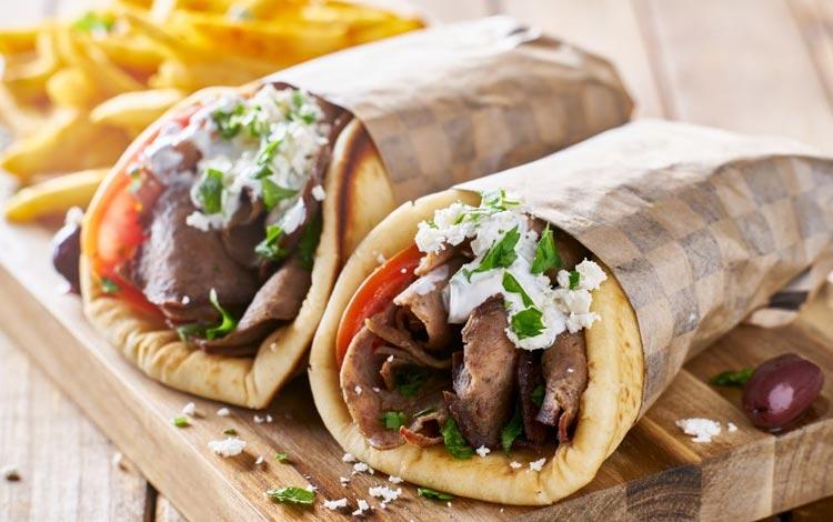 Daftar Street Food Terenak dan Terpopuler Dari Seluruh Dunia - Gyro, Yunani