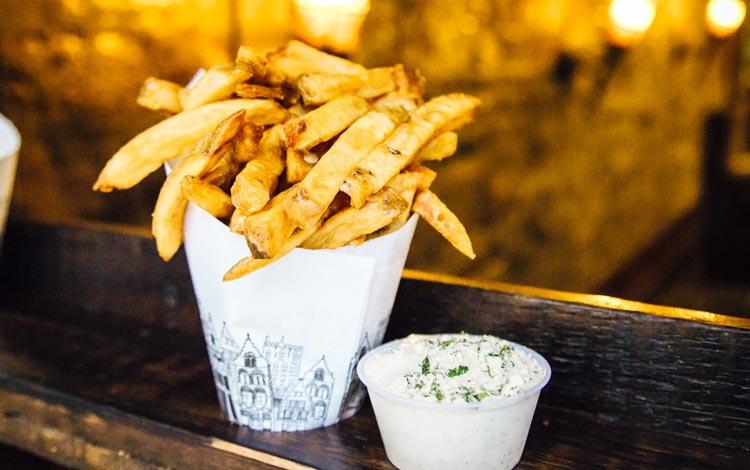 Daftar Street Food Terenak dan Terpopuler Dari Seluruh Dunia - Pommes frites, Belgia