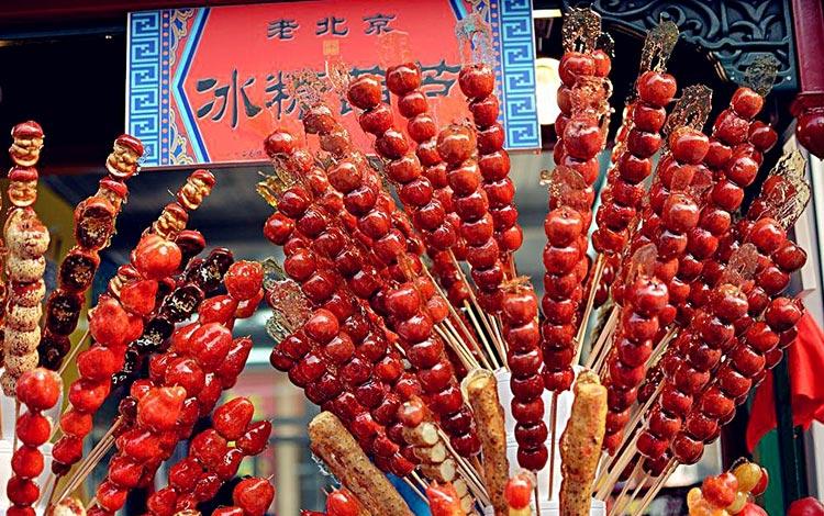 Daftar Street Food Terenak dan Terpopuler Dari Seluruh Dunia - Tanghulu, China