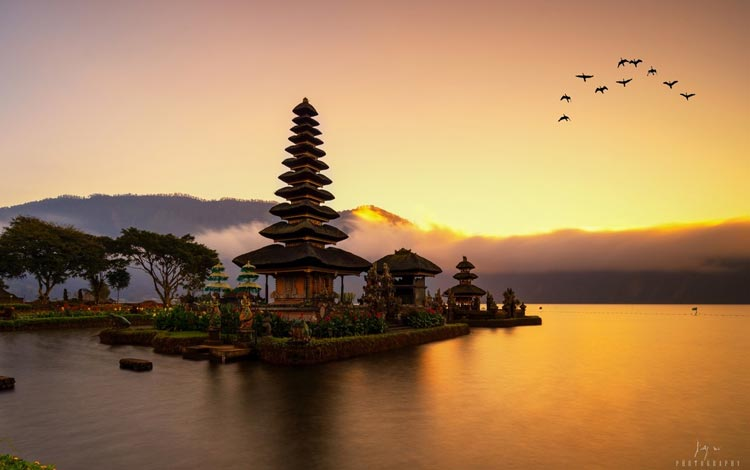Danau Terindah Di Indonesia - Danau Bratan, Bali