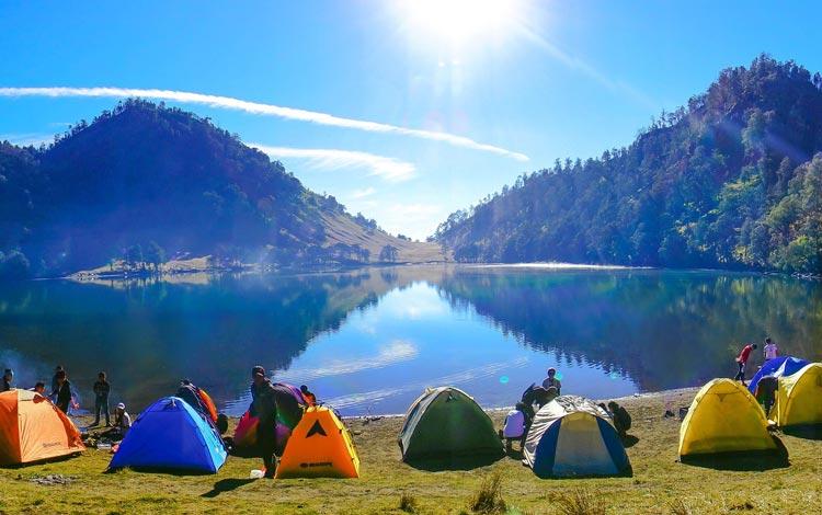 Danau Terindah Di Indonesia - Danau Ranu Kumbolo, Jawa Timur