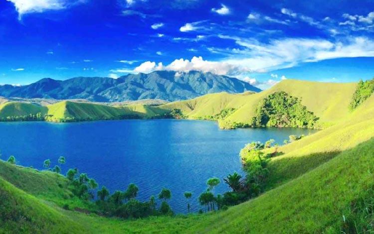 Danau Terindah Di Indonesia - Danau Sentani, Papua