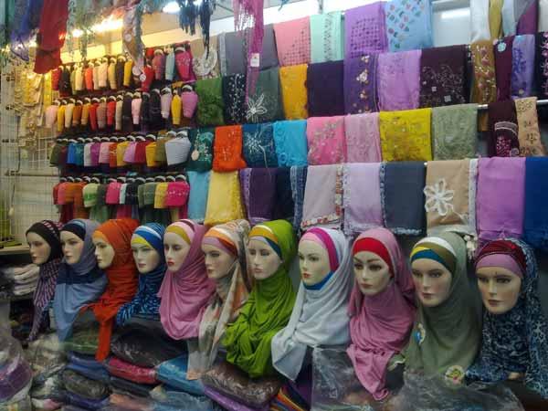 Ide-Usaha-Rumahan-Dengan-Modal-Kecil-Yang-Menjanjikan-Keuntungan-Besar-Bisnis-Hijab
