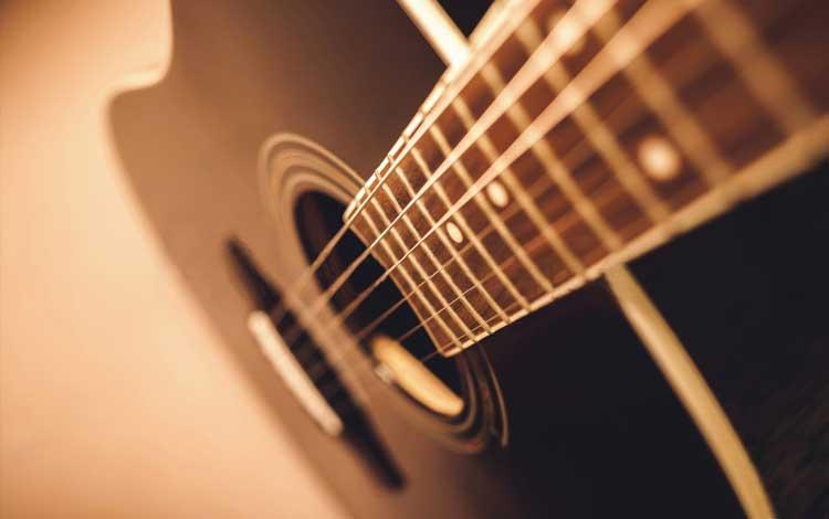 Merek gitar akustik terbaik