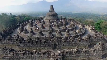 5-Bali-Baru-Destinasi-Wisata-super-prioritas-borobudur