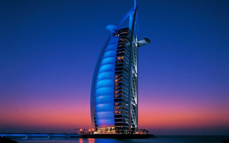 Daftar Hotel Terunik Di Dunia - Burj Al Arab Hotel
