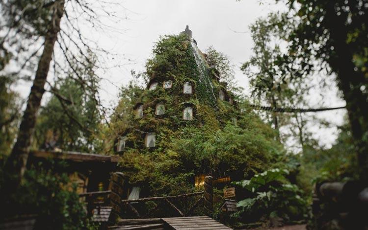 Daftar Hotel Terunik Di Dunia - Montana Magica Lodge