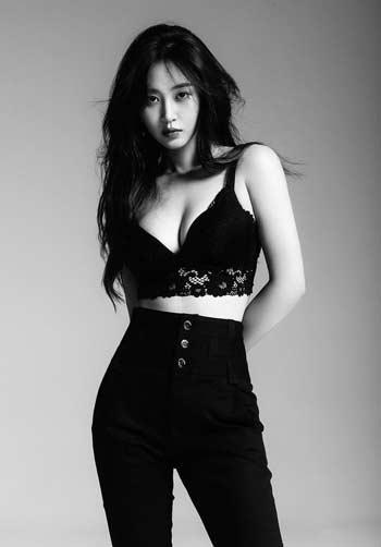 Deretan Idol Kpop Terseksi - Yuri SNSD