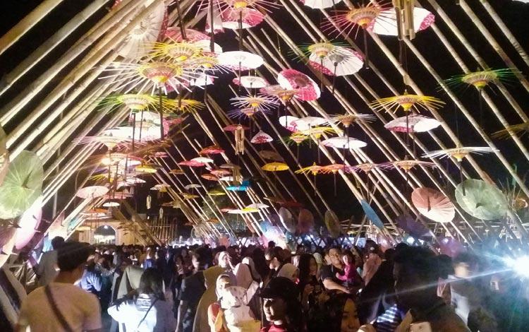 Tempat Wisata Terpopuler Di Solo - Pasar Malam Ngarsopuro
