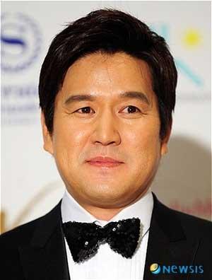 Daftar Pemain Drama Korea Romantic Doctor Kim Season 2 - Byun Woo Min