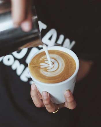 Kedai Kopi Terbaik Di Bali - Anomali Coffee Menu