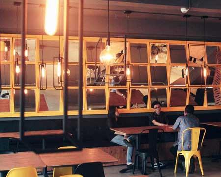 Kedai Kopi Terbaik Di Bali - Revive Cafe