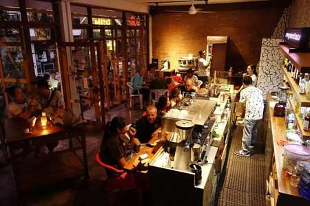 Kedai Kopi Terbaik Di Bali - Seniman Coffee Studio