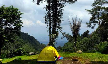 Tempat Camping Terbaik Di Bogor - Bumi Perkemahan Sukamantri
