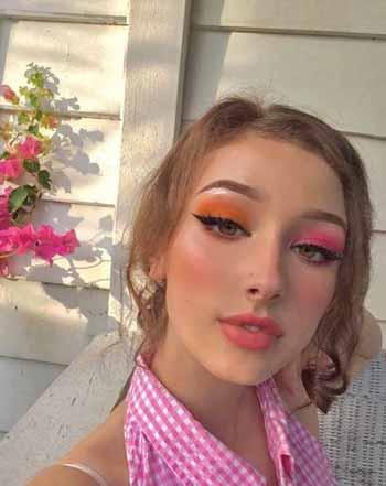 Trend-Makeup-2020-Eyeshadow-Mismatched