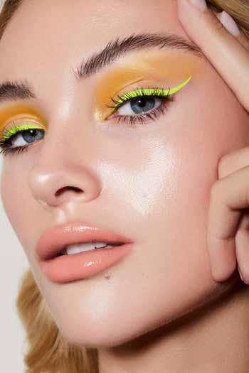 Trend-Makeup-2020-Eyeshadow-berwarna-neon