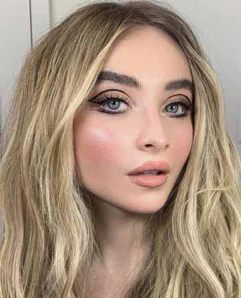 Trend-Makeup-2020-Floating-eyeliner