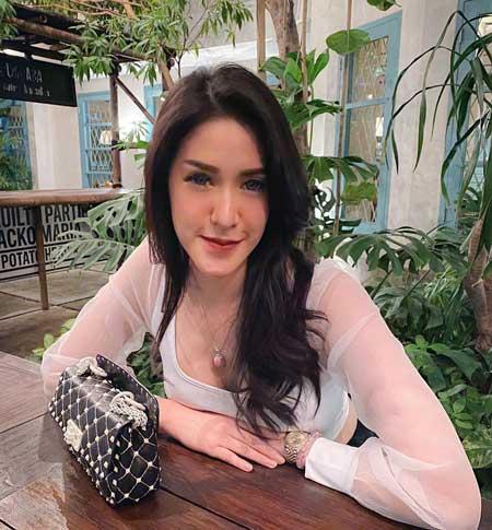 Daftar Pemain Sinetron Cinta yang Abadi ANTV Terlengkap - Elma Agustin