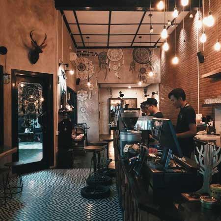 Kedai Kopi Terbaik Di Surabaya - BlackBarn Coffee