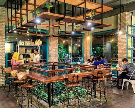 Kedai Kopi Terbaik Di Surabaya - Communal Coffee & Eatery
