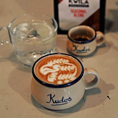 Kedai Kopi Terbaik Di Surabaya - Kudos Cafe
