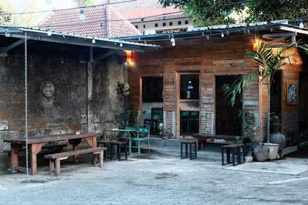 Rekomendasi Kedai Kopi Terbaik Di Jogja - DiFour Coffee House